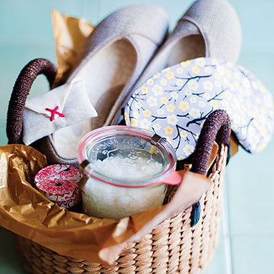 Simple Mother's Day  Spa Gift Ideas