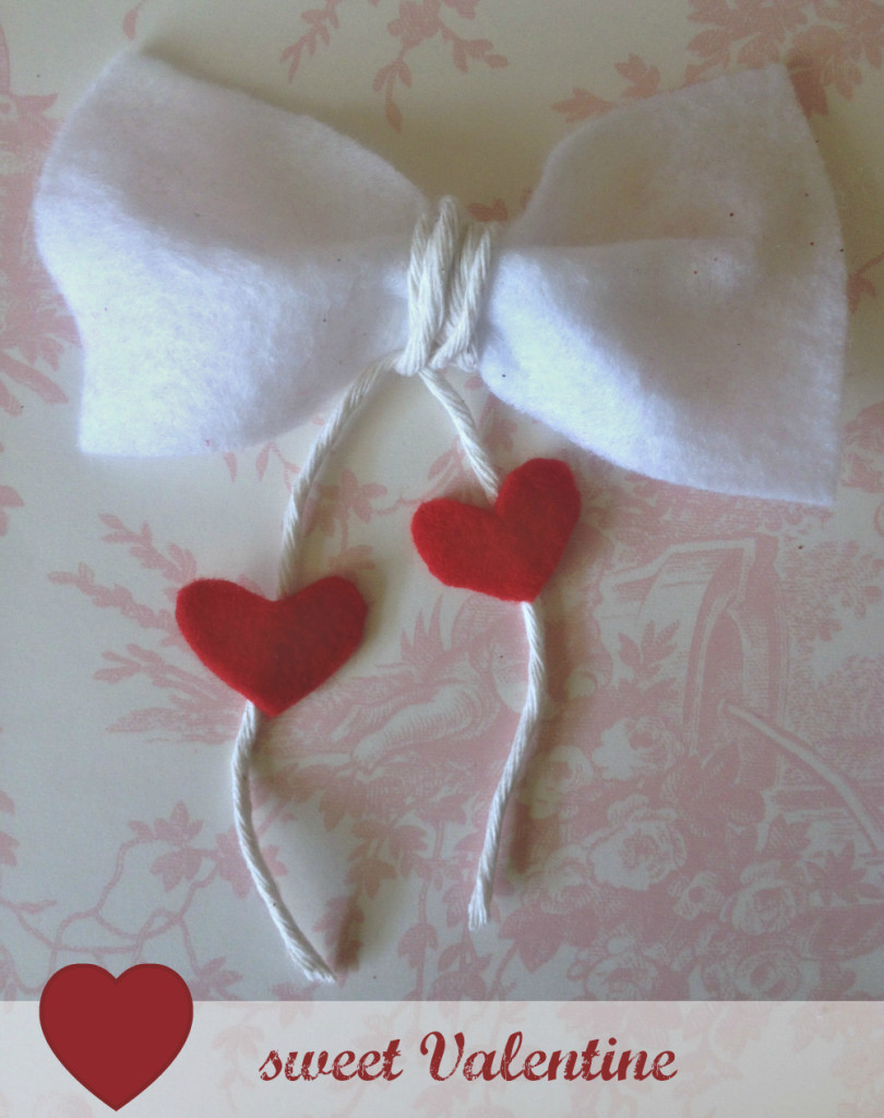 Valentines Day Bow Tie, Felt bow tie, crafts, crafting, heart strings
