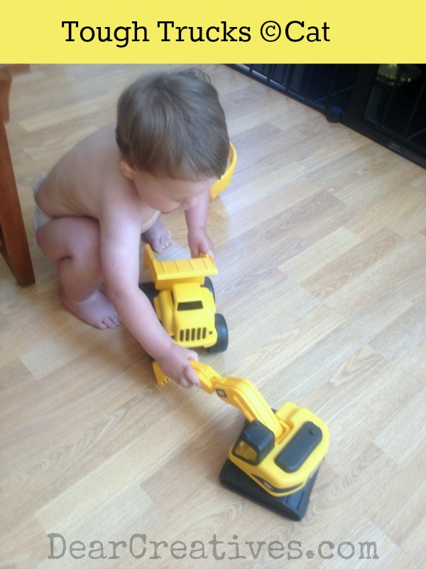 8″ Tough Track CAT® Dump Truck And  Excavator Toy Review