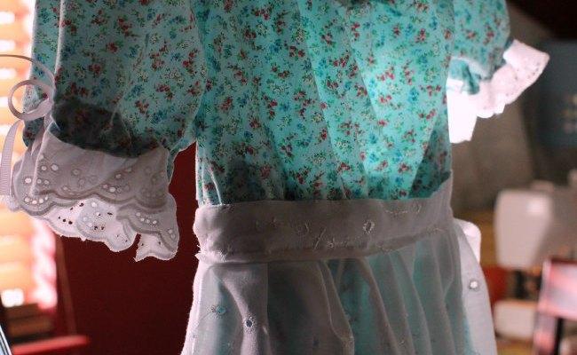 Little House on the Prairie Costume_
