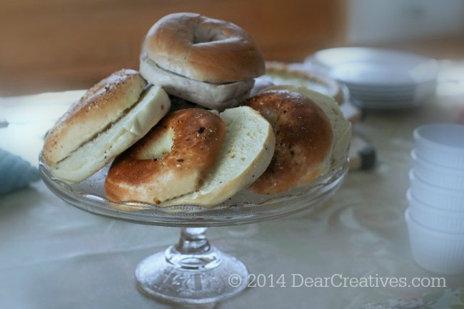 Bagels on a serving dish_2_© 2014 DearCreatives.com