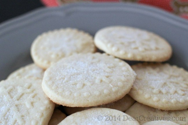 Close up of Shortbread cookies on a plate_© 2014 Theresa Huse DearCreatives.com