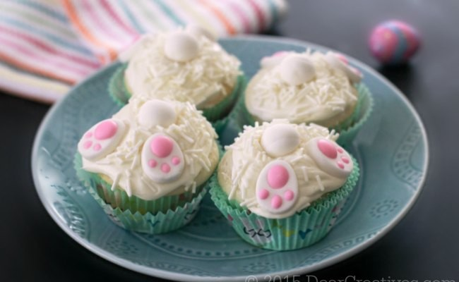 Easy Baking Ideas | Bunny Cupcakes on a plate