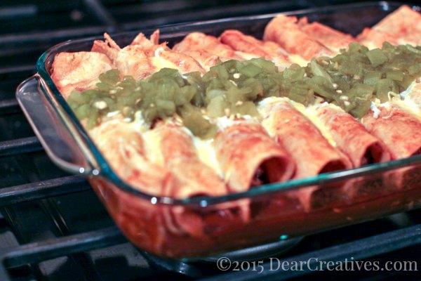 Easy Recipe | Chicken Enchilads in Red Sauce |
