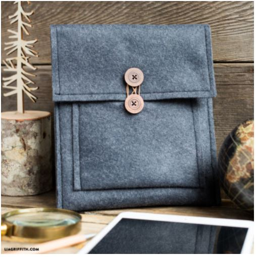 Felt Craft Projects-Felt Tablet Cover liagriffith