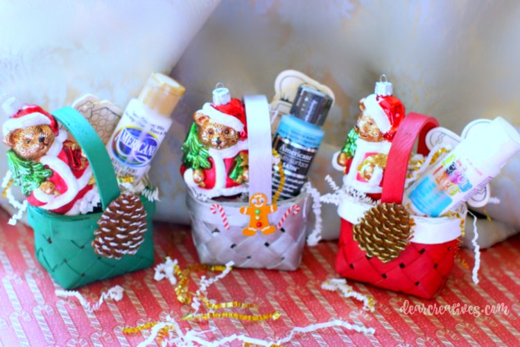 christmas-crafts-three-mini-baskets-with-ornaments-and-gifts