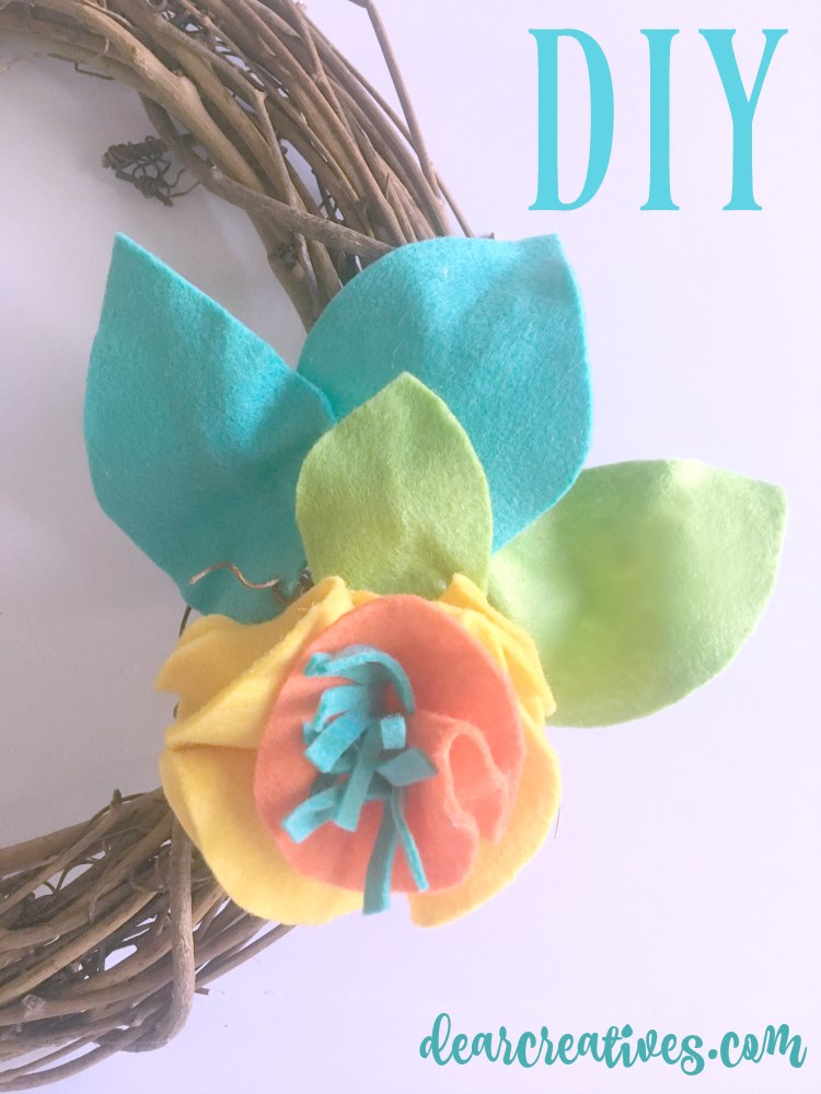 Grapevine Wreath DIY with felt leaves and flowers. And how to make a wired bow for your wreath. Along with more wreath ideas.