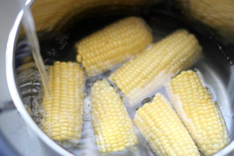 Southwest Salad Recipe- DearCreatives.com First cook the corn in water for the southwest salad