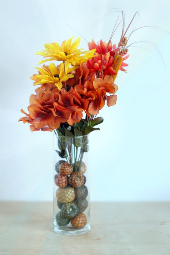 How to decorate a vase with filler and satin flowers Easy home decor ideas you'll love to make. See DIY at DearCreatives.com