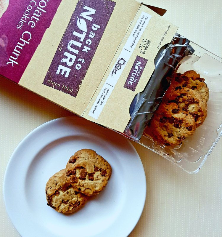 Back to Nature Chocolate Chunk Cookies a whole wheat cookie that is non GMO verified. Find out more at DearCreatives.com