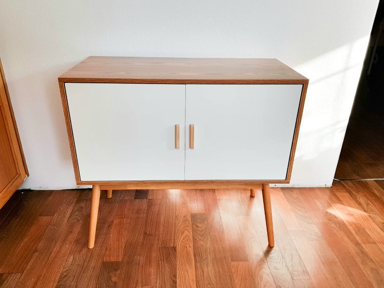 assembled Oslo cabinet from BellaCor © 2018 Theresa Huse