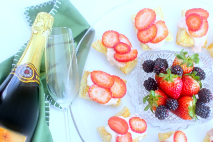 groceries from grocery outlet for strawberry puff pastry tarts with a strawberry cream cheese topping. DearCreatives.com appetizer wine pairing © 2018 Theresa Huse