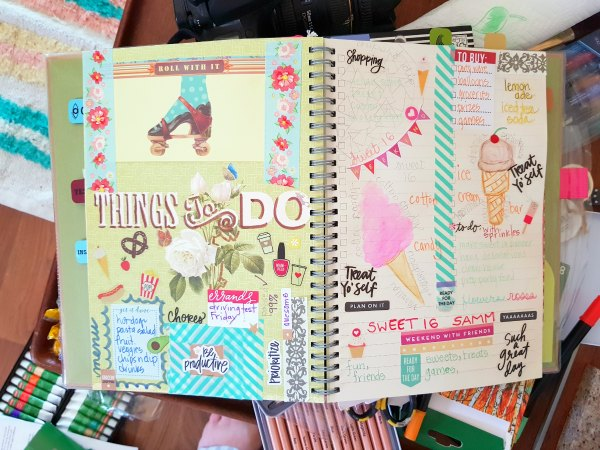 things to do - journal page using markers, pencil, and water color pencils DearCreatives.com #derwentacademy #IC #ad #journals #artjournals #art