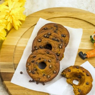 Pumpkin Chocolate Chip Donuts - This is a baked pumpkin donuts recipe, easy to make and Paleo.