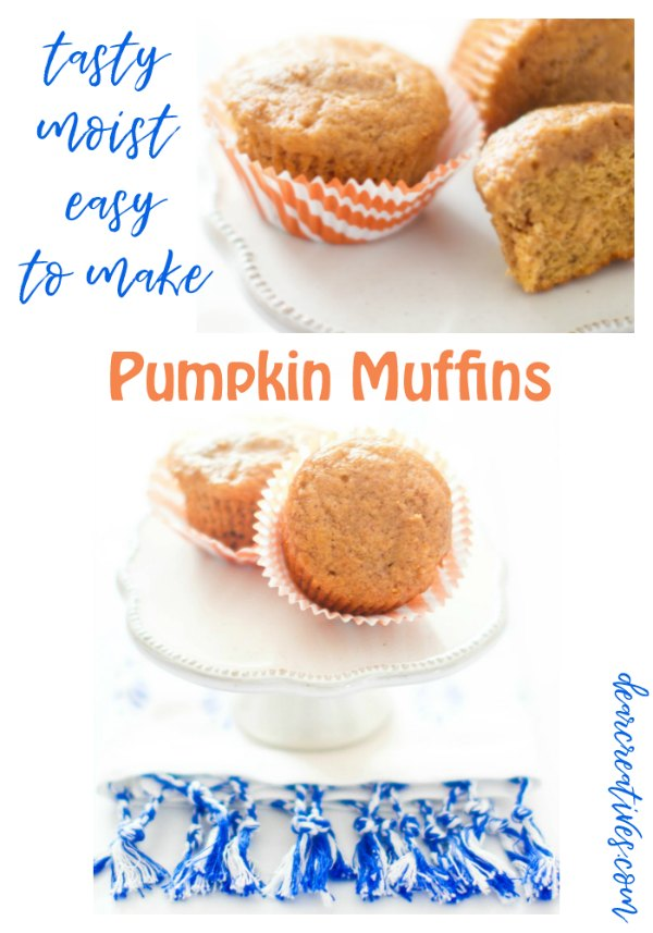 Pumpkin muffins- These are a moist, easy to make pumpkin muffins recipe that is so good. I love this recipe, and think you will too! DearCreatives.com #pumpkinmuffins #pumpkin #muffins #recipe