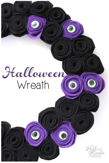 halloween crafts googlie eye wreath via realcoake