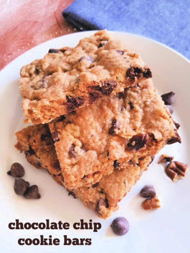 Chocolate Chip Cookie Bars - easy to make and bake this bar cookies recipe - DearCreatives.com