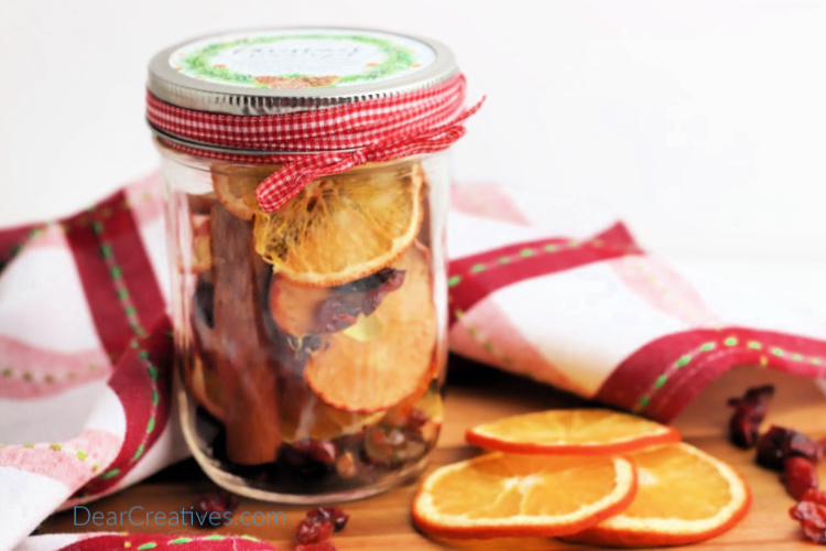 DIY Stove Top Potpourri With Free Printable Label