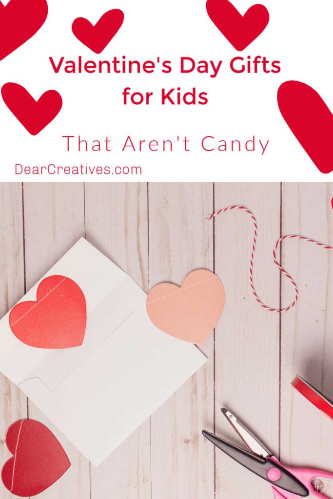Valentine's Day Gifts For Kids - These are cute gift ideas for kids and toddlers for Valentine's Day. Even good for last minute gifts! DearCreatives.com