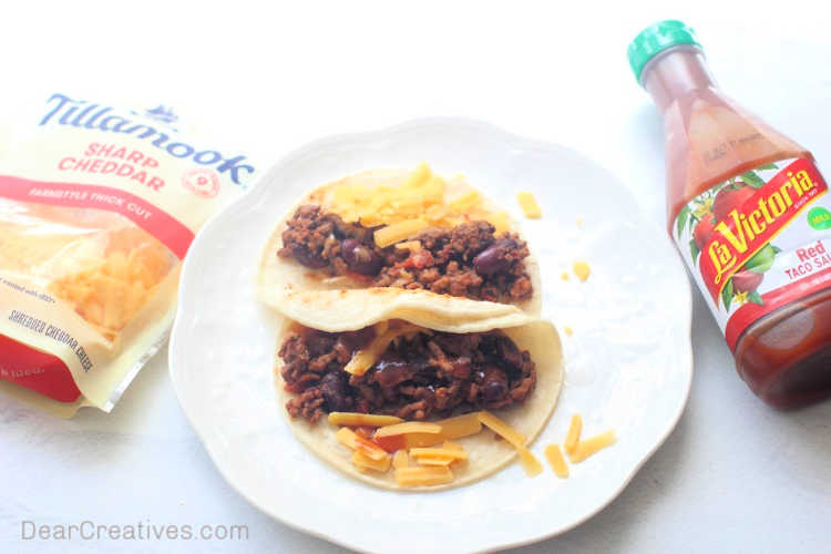 Grab the recipe for ground beef tacos at DearCreatives.com