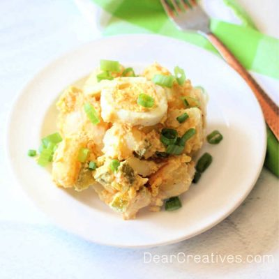 Potato-Salad-This-potato-salad-recipe-is-so-easy-With-classic-flavors-its-perfect-for-brunch-lunch-potlucks-BBQ-and-dinner-side-dishes.-©-DearCreatives.com